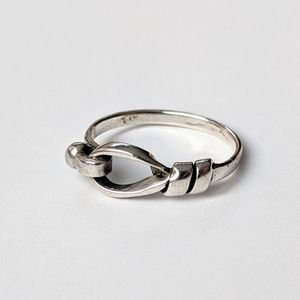 Jewelry - Sterling Silver Knot Ring
